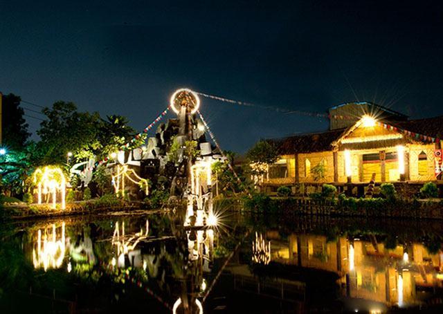 nhà hàng Cơm Lam Gà Sa Lửa