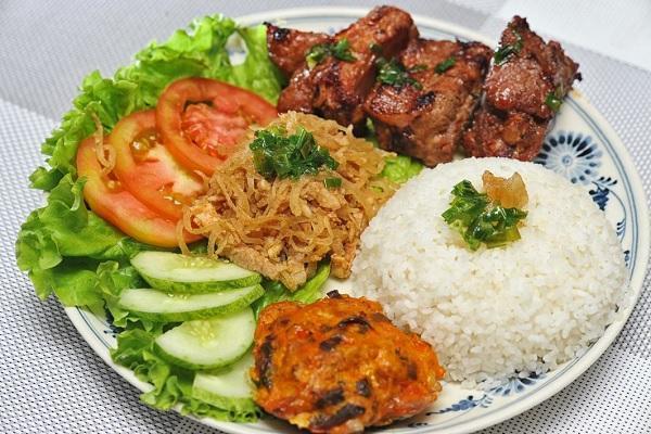 Top 9 món ăn vặt ngon ở Sài Gòn